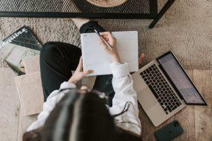 Top Benefits Of Hiring A Ghostwriter